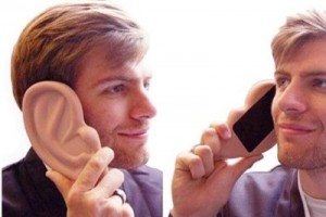 iPhone 4 Giant Ear Case
